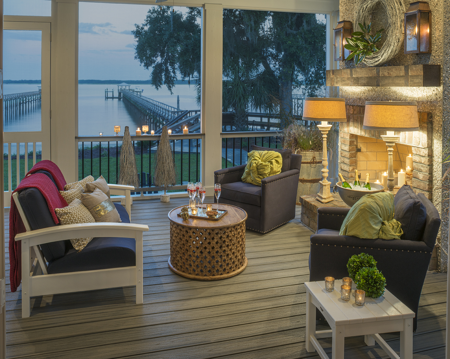 This screened-in deck features Trex Transcend in Island Mist, a beautiful streaked grey.